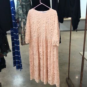 Beautiful light pink Dainty Jewell Dress. 3x